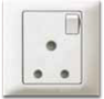 MT6270: 5A 1 gang switched socket outlet Image